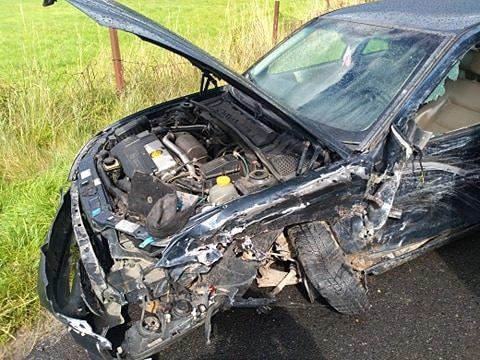 Auto po wypadku w Szklarach Górnych
