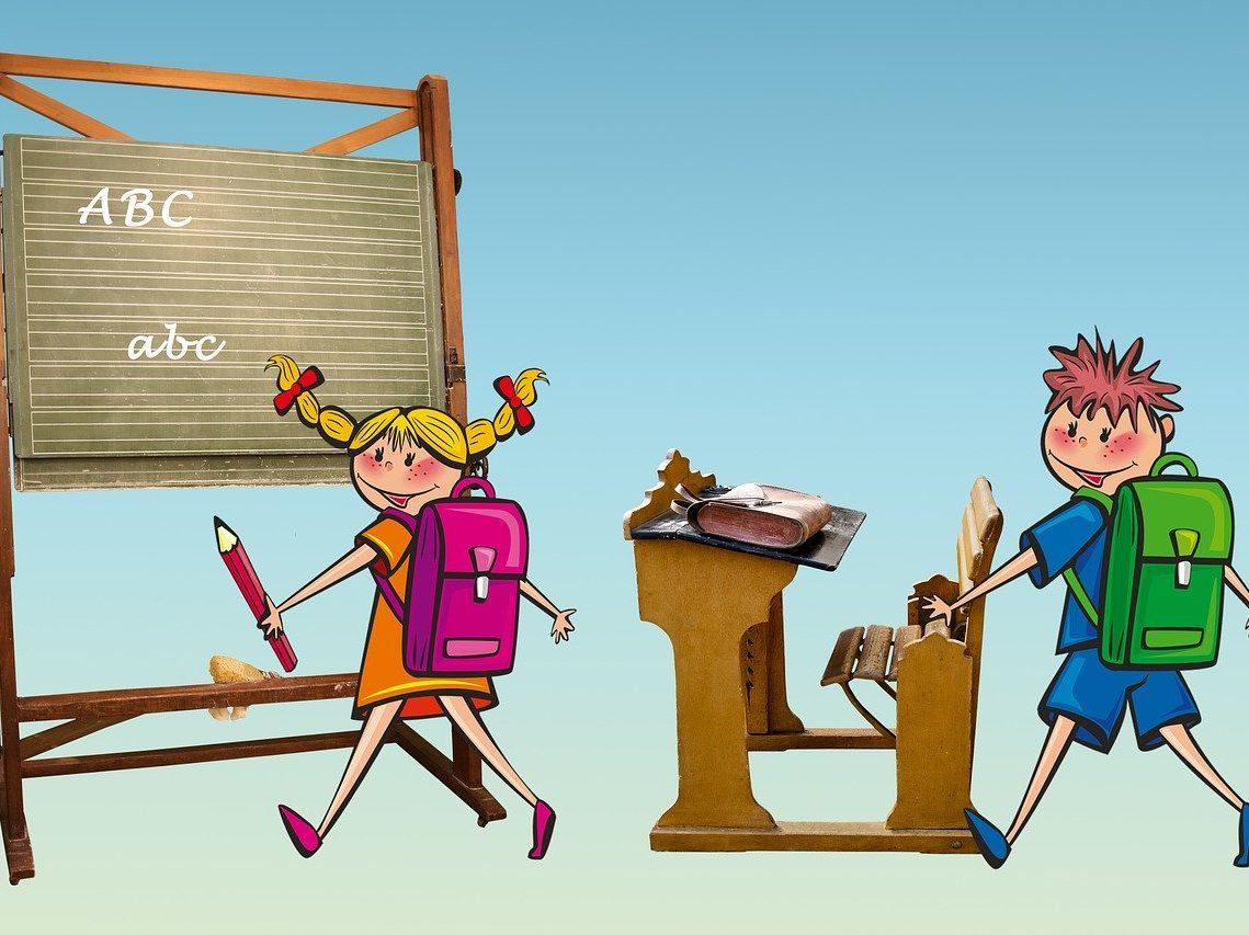 Dzieci wracające do szkoły