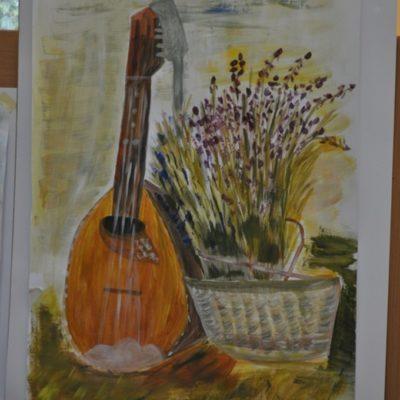 Obraz martwej natury-gitara i bukiet kwiatów