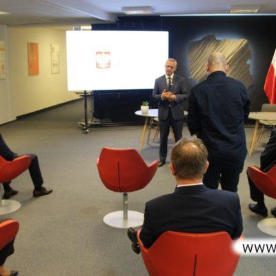Spotkanie w sprawie porozumienia rozwoju sieci szerokopasmowych