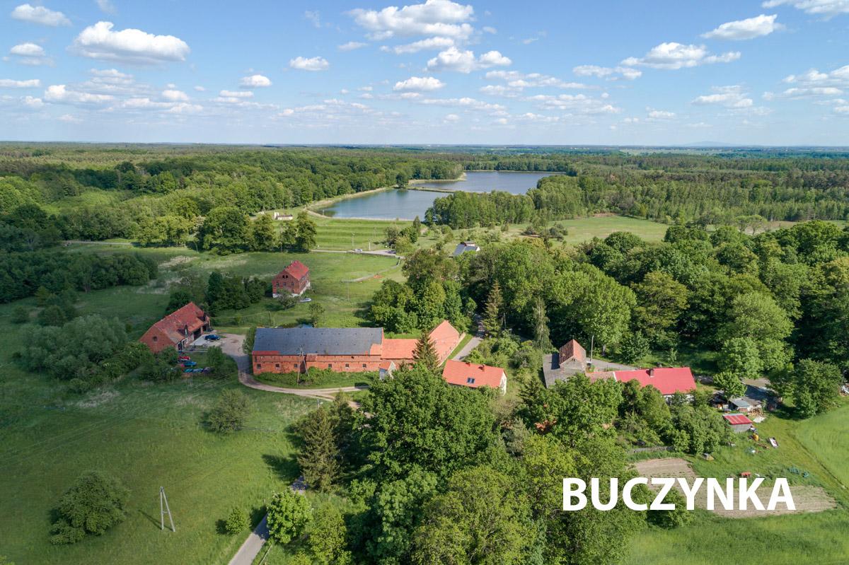 Wioska Buczynka, widok z drona