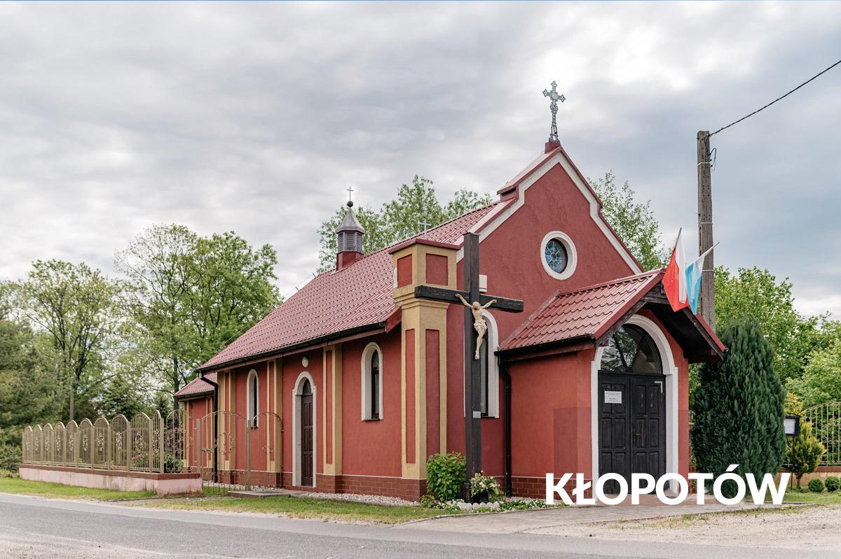 Kłoptów-czerwony kościół