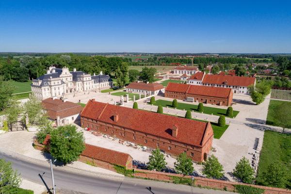 Pałac w Chróstniku