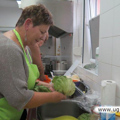 Mycie warzyw do potraw