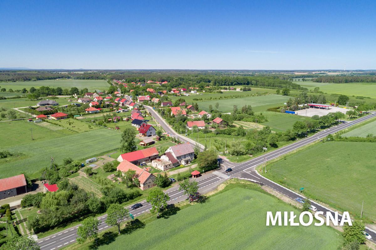 Widok na wioskę w Miłosnej