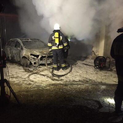 Dogaszanie spalonego auta.