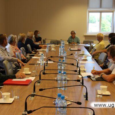 W obradach wzięło udział 10 członków rady Seniorów.