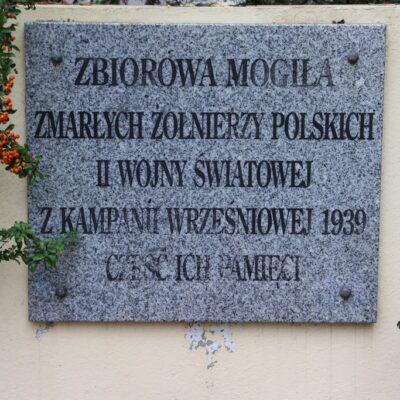 Zbiorowej Mogile Żołnierzy Polskich