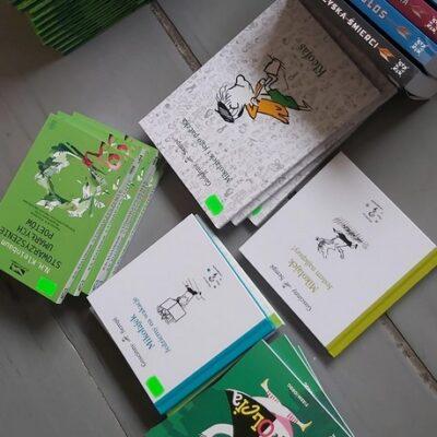 Książki zakupione do biblioteki szkolnej.