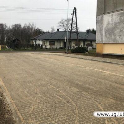 Remont drogi i chodnika w Szklarach Górnych.