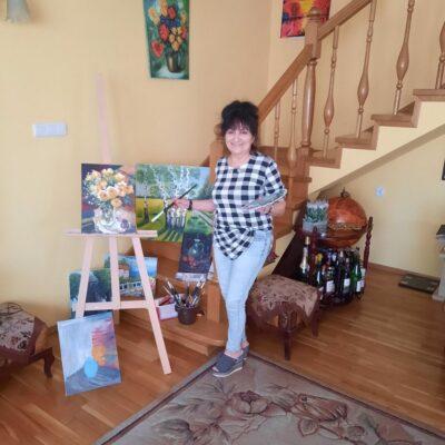Maria Galuba oprócz śpiewania, które kocha, malowała obrazy
