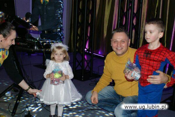 Bal karnawałowy dla najmłodszych w Osieku - 2020 rok.