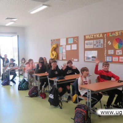 To zajęcia w jednej z kilku nowych sal oddanych w tym roku szkolnym, które długo stały puste