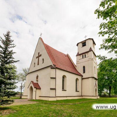 Kościół w Niemstowie.