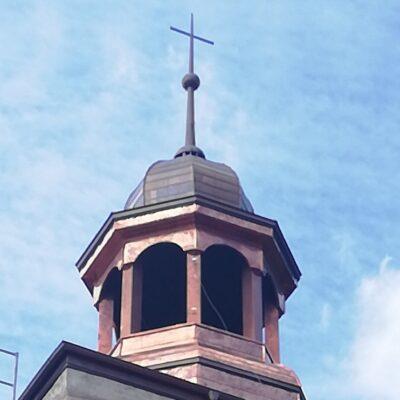 Wieża kościoła w Gogołowicach.